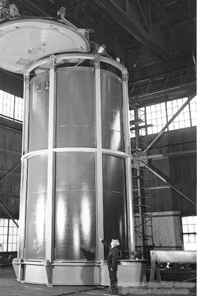 Pittsburgh-based steel companies introduced some of the great technical innovations to the industry. This is America's first airtight chamber for vacuum casting of large forging ingots.